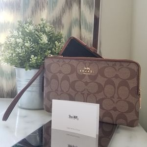 NWT Coach Double Zip Wristlet in Signature Canvas